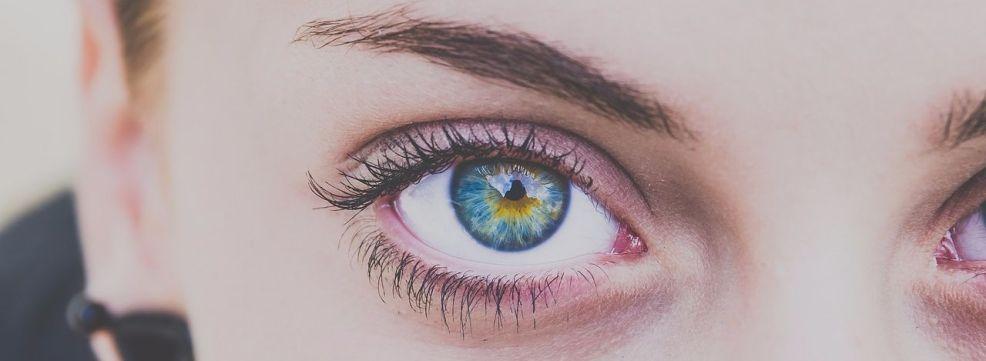 Почему чешутся глаза и веки, основные причины