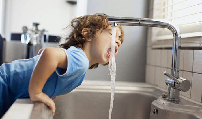 Неприємний запах питної води