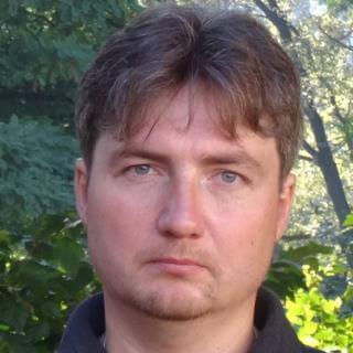 Максим Чеканов